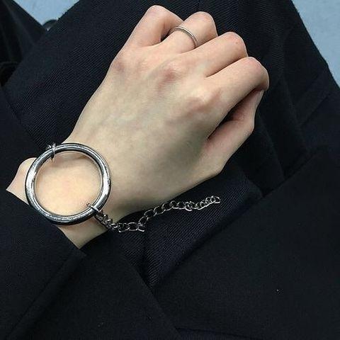 دستبند حلقه ای ساده